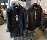 Naisten takki, 120 kpl, koot 36 - 44, 2 eri mallia