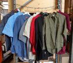 Miesten paita, n. 400 kpl, eri kokoja, eri värejä, eri malleja