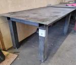 9. Työpöytä (metallia)