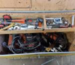 48. Työkalulaatikko, työkaluineen