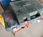 26. Iskuporakone Metabo ja puukkosaha Bosch GSA 1100 E.
