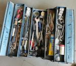 55. Työkalupakki, työkaluineen.