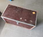 223. Työkalulaatikko, työkaluineen.
